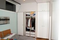 Nun gibt es genügend Platz für die Kleidung/Sachen. Die Schubfächer sind dabei sehr praktich für die kleinteile